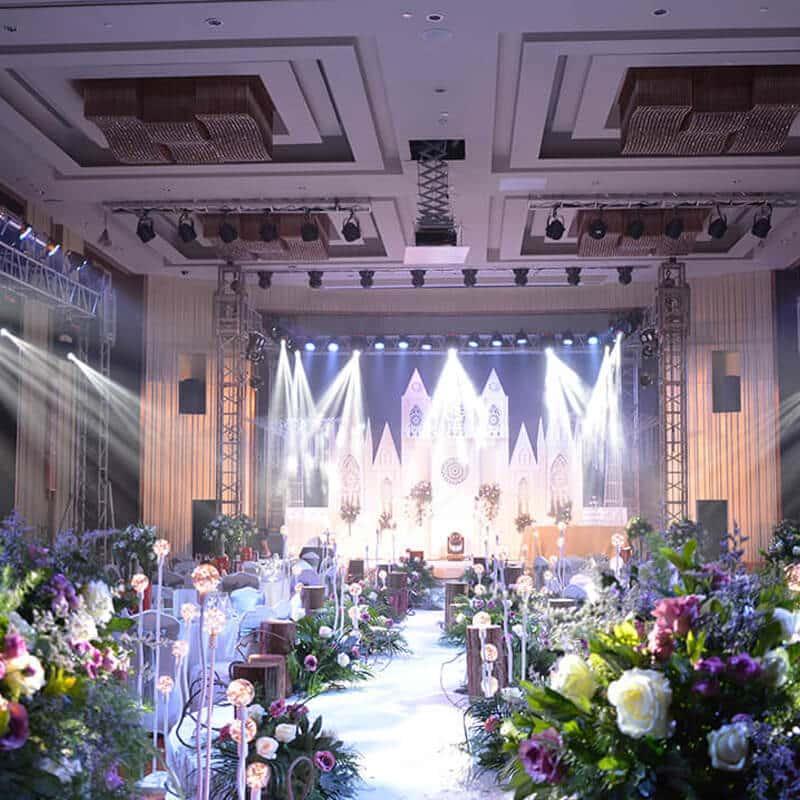 Summer Theme Wedding Lighting From AYRE